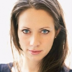 Lily Thibeault - Actrice