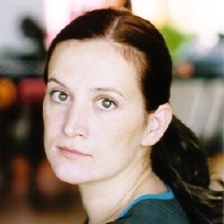 Estelle Larrivaz - Actrice