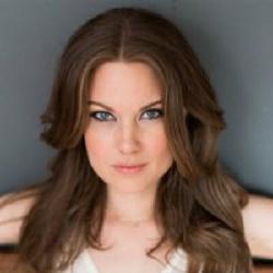 Anna Van Hooft - Actrice