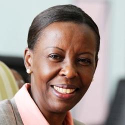 Louise Mushikiwabo - Politique