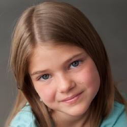 Kayden Magnuson - Actrice