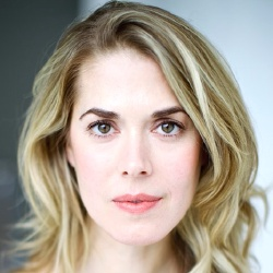 Lucy Owen - Actrice