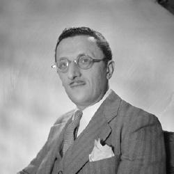 Léonce Corne - Acteur