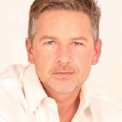 Sean Cameron Michael - Acteur