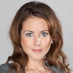 Julia Chatterley - Présentatrice