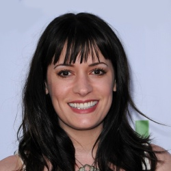 Paget Brewster - Guest star