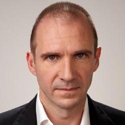 Ralph Fiennes - Réalisateur, Acteur