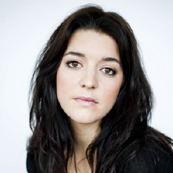 Marie-Eve Perron - Actrice