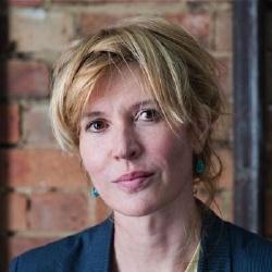 Julia Davis - Scénariste, Réalisatrice, Actrice