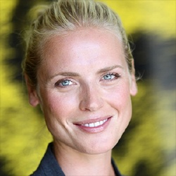 Synnove Macody Lund - Actrice