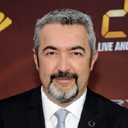 Jon Cassar - Réalisateur