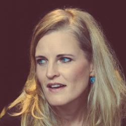 Sara Jäggi - Interprète