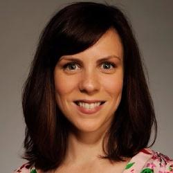 Sarah Burns - Actrice