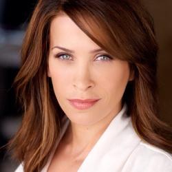 Christina Cox - Actrice