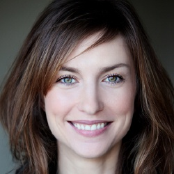 Emilie Caen - Actrice
