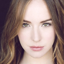 Camryn Grimes - Actrice