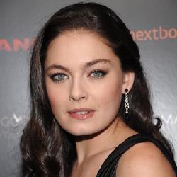 Alexa Davalos - Actrice