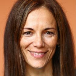 Ana Ivanova - Actrice