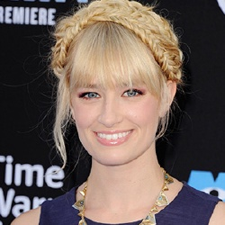 Beth Behrs - Actrice