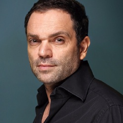 Yann Moix - Présentateur