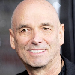 Martin Campbell - Réalisateur