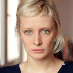 Lucie Debay - Actrice