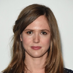 Emily Cox - Actrice