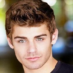 Garrett Clayton - Acteur