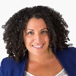 Nora Hamadi - Présentatrice