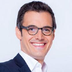 Adrien Borne - Présentateur