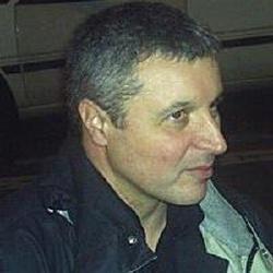 Doug Headline - Scénariste, Réalisateur