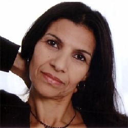 Baya Belal - Actrice