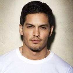 Nicholas Gonzalez - Acteur