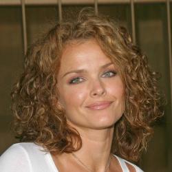 Dina Meyer - Actrice