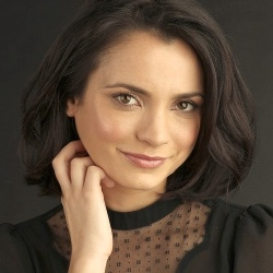 Jessica Tovey - Actrice