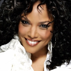 Lynn Whitfield - Actrice
