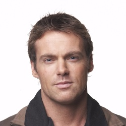 Michael Shanks - Acteur