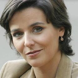 Andrea Fies - Présentatrice