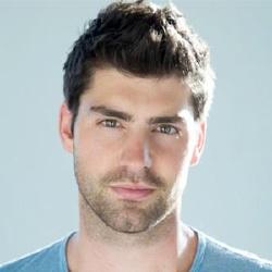 Travis Milne - Acteur