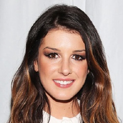 Shenae Grimes - Actrice